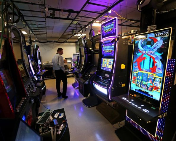 """Problem Gambling Misconceptions and Myths. Are They Fact or Myth? My Guest Post By """"The Recovery Village""""…"""